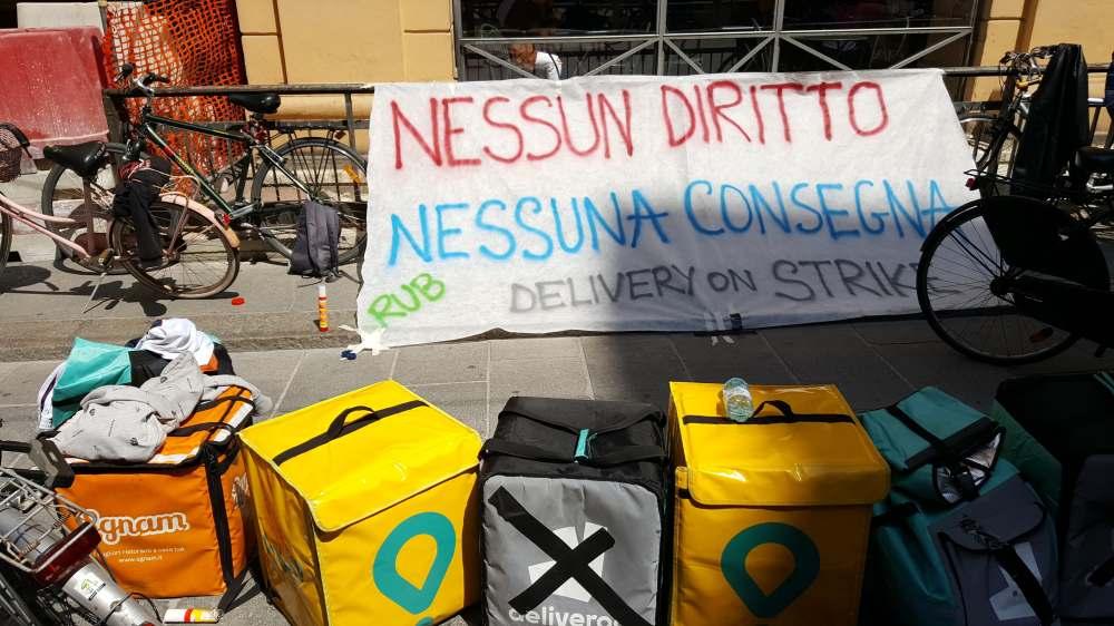 Riders in protesta a Bologna