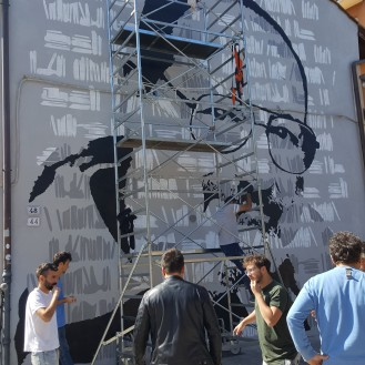 Umberto Eco Murale in via Azzogardino 2