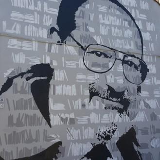 Umberto Eco Murale in via Azzogardino